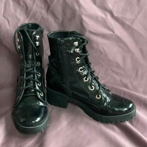 Steve Madden Combat Boot 👢